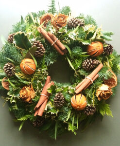 Chrimas wreath natural orange