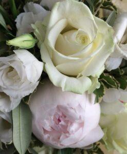 peony bouquet white