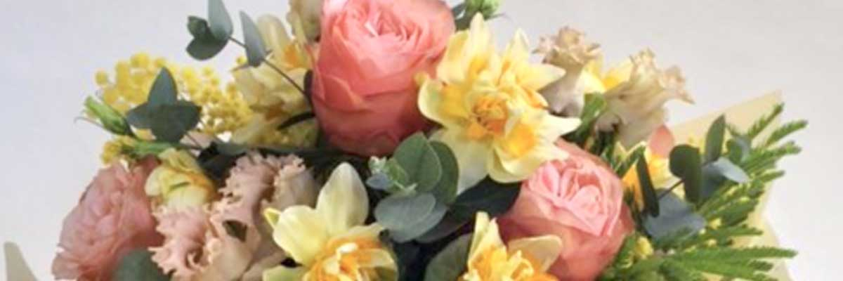 Spring flower bouquet with scented narcissi