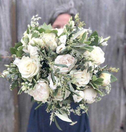 white peony bouquet live